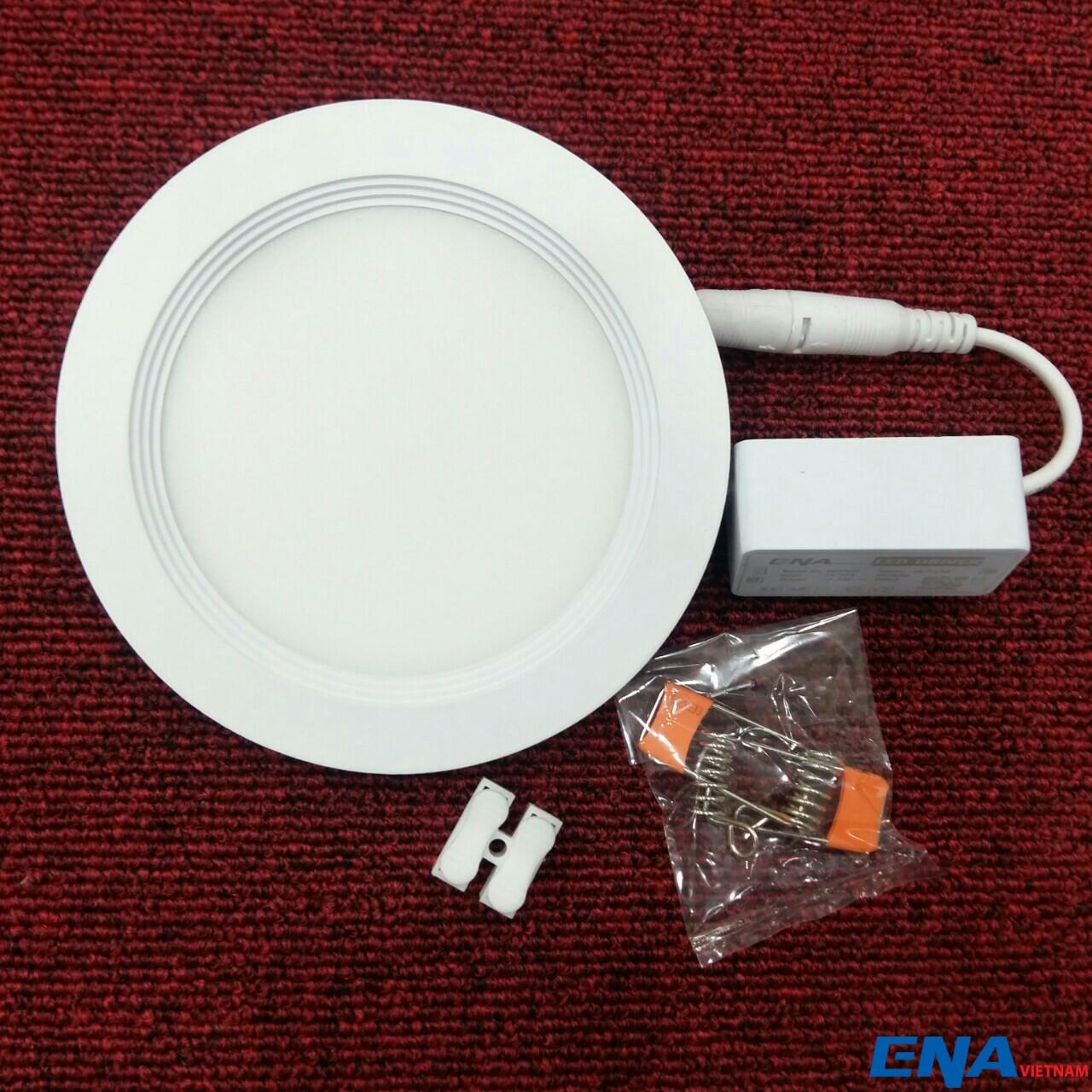 Sản phẩm cần bán: Đèn led âm trần siêu mỏng 6w ENA At06-fj-3